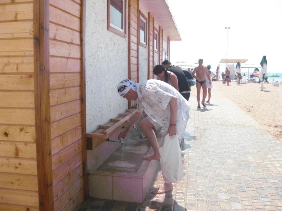 Пляж Лазурный берег в Евпатории, Крым