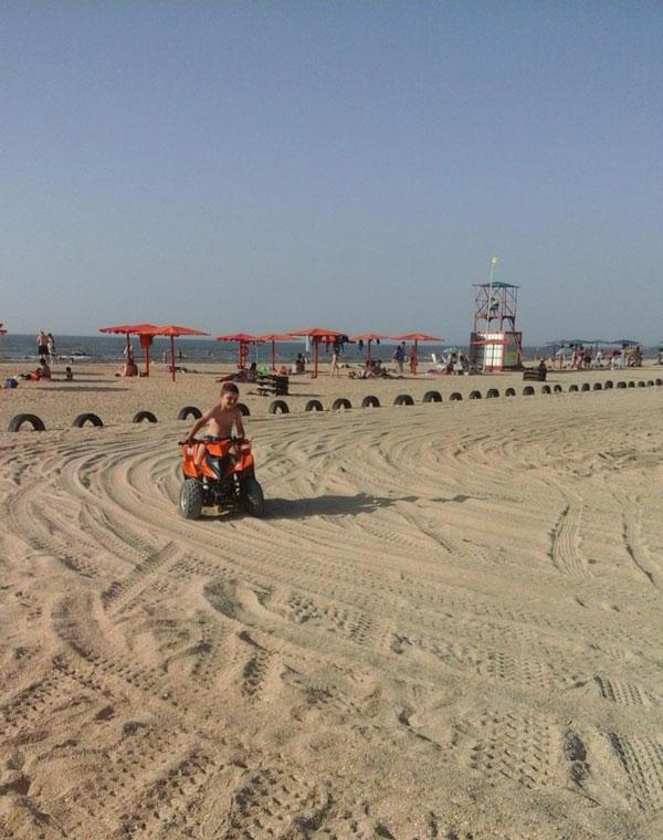 Квадроциклы для детей, пляж Оазис, Ачуево