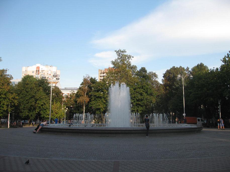 Фонтан в Первомайском сквере, Краснодар
