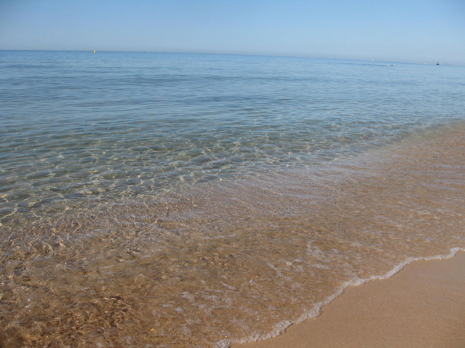 Морская вода пляжа Леванте, Бенидорм