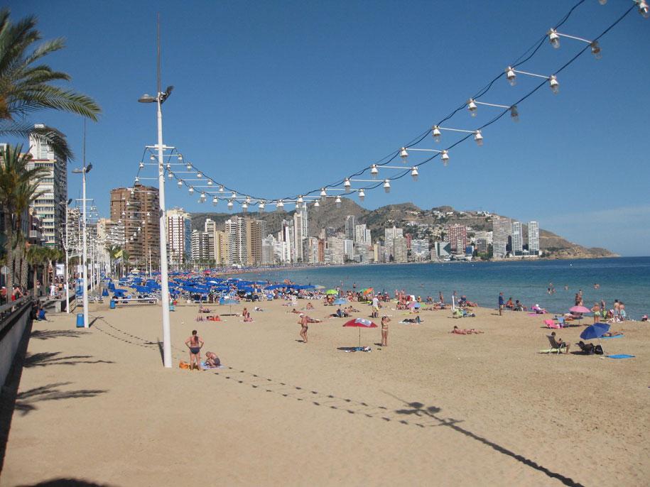 Пляжи Бенидорма, Испания - пляж Леванте