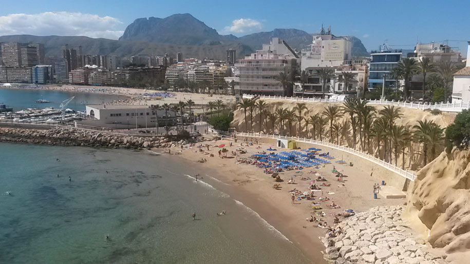 Пляж Маль Пас в Бенидорме