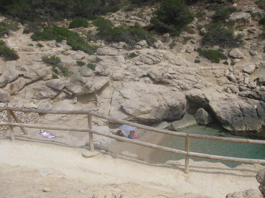 Нудистский пляж Рако-Коний, Вильяхойоса