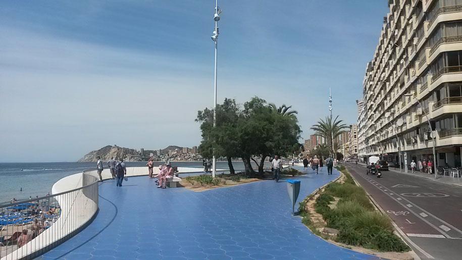 Пляжи Бенидорма - набережная пляжа Пониенте
