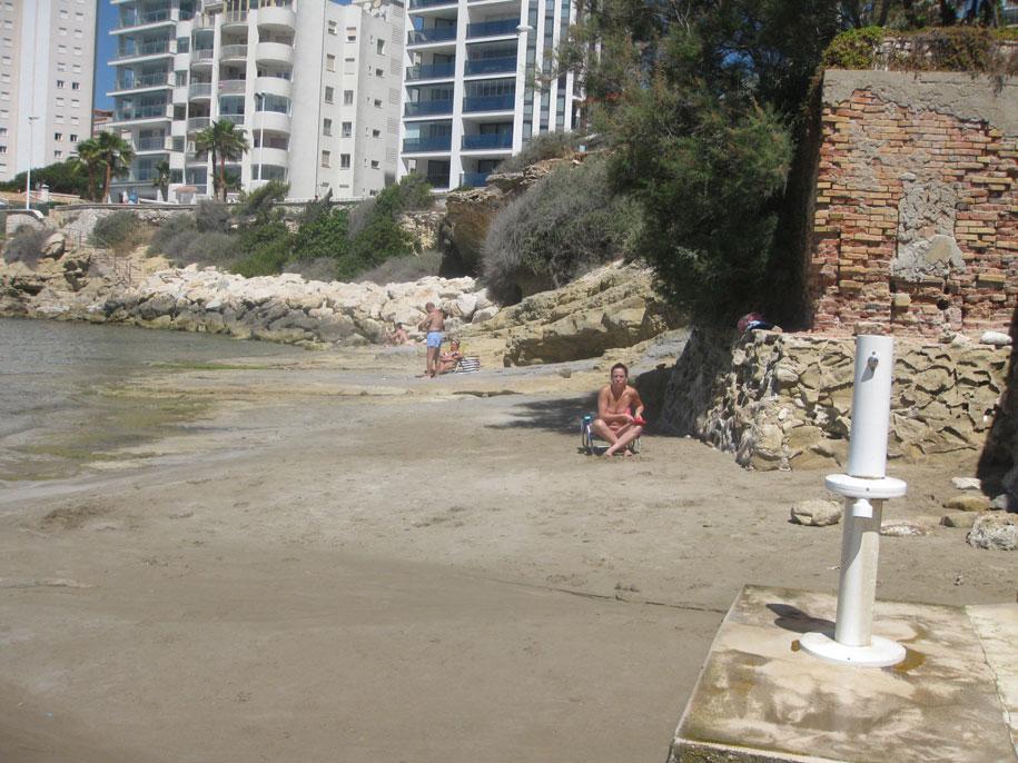Пляж Cantal Roig, Кальпе, Испания
