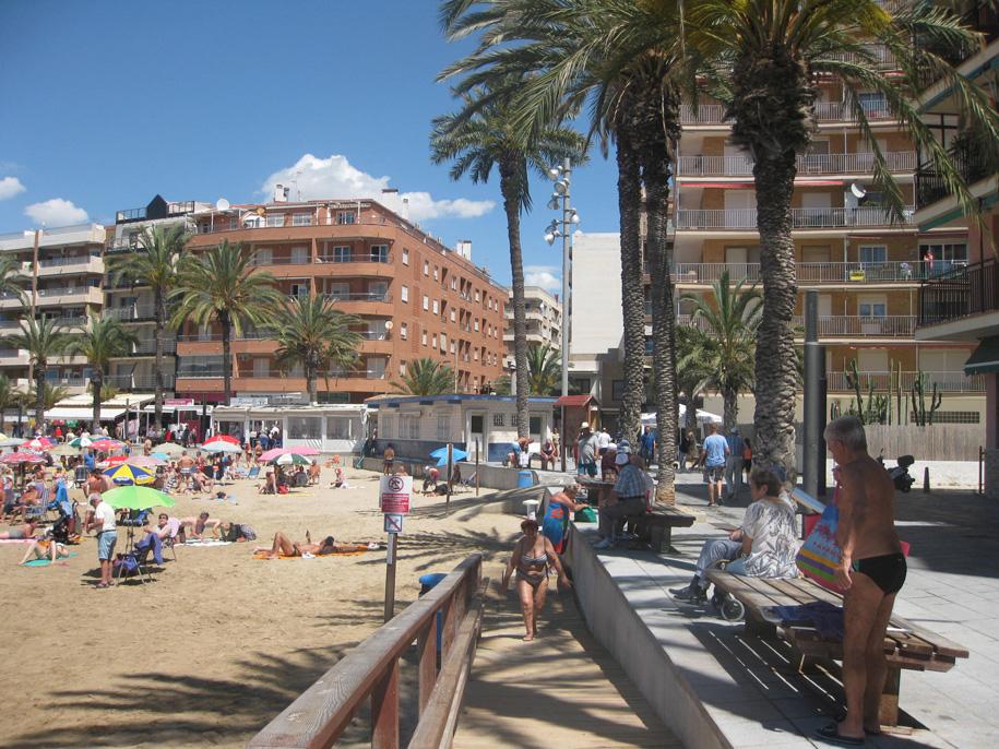 Набережная и пляж Дель Кура, Торревьеха, Испания