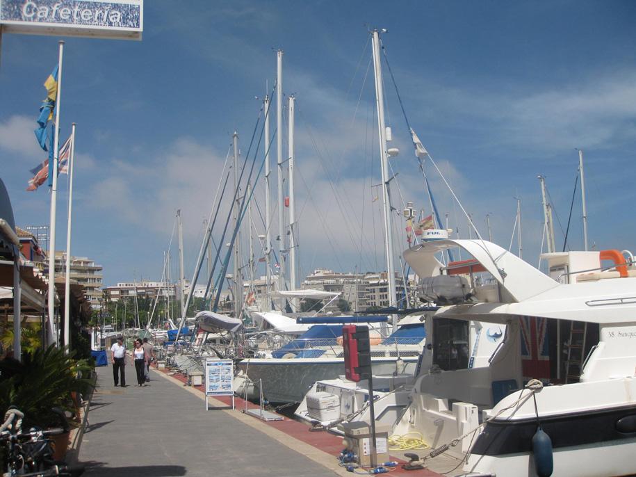 Marina Internacional, Торревьеха