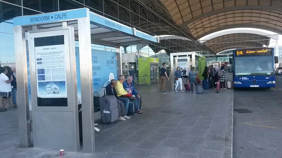 Остановка в Бенидорм в аэропорту Аликанте