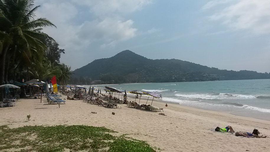 Центральная часть пляжа Камала, Пхукет, Таиланд