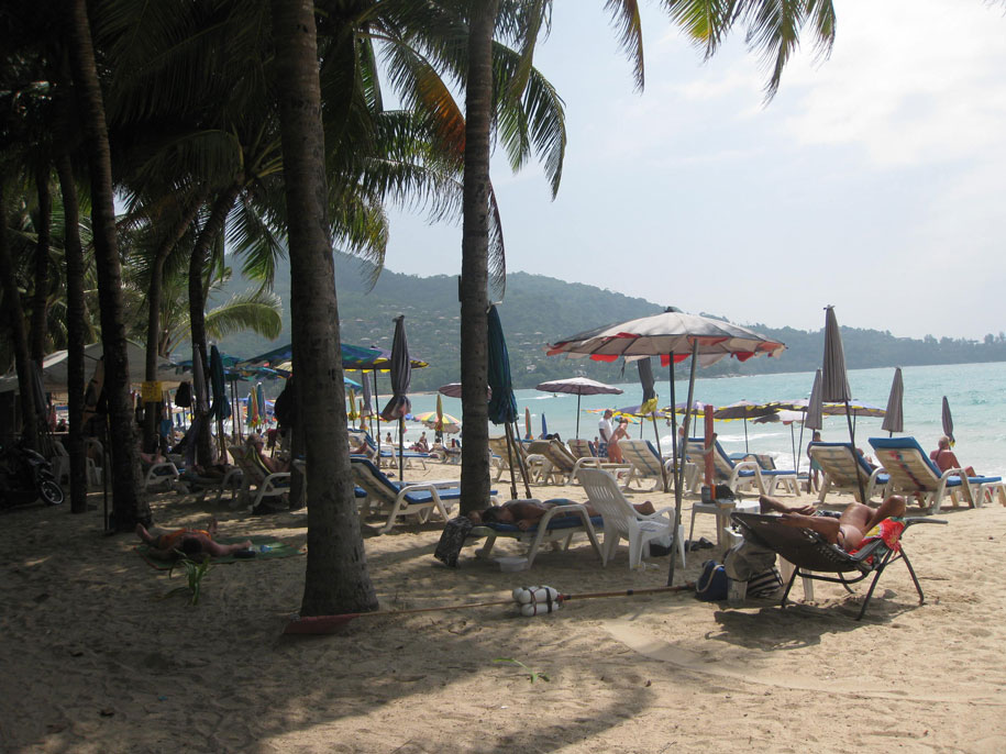 Пляж Камала на острове Пхукет, Таиланд