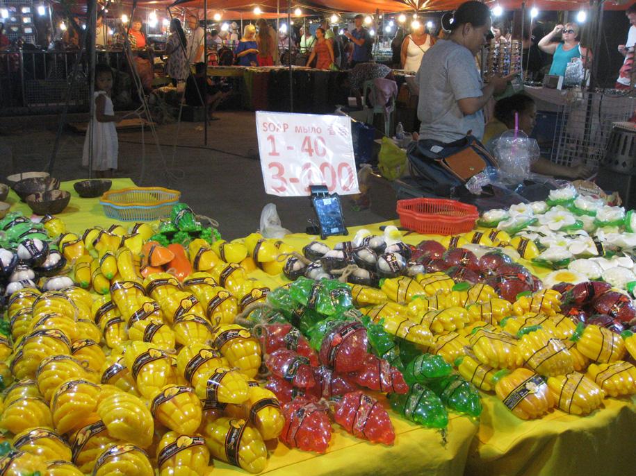 Ночной рынок на Кароне, Пхукет, Таиланд