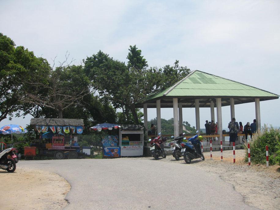 Смотровая площадка у пляжа Януй
