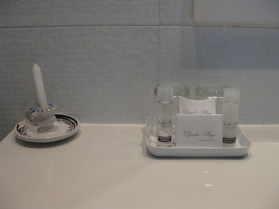Ванная комната в номерах отеля Джерба Плаза, Тунис