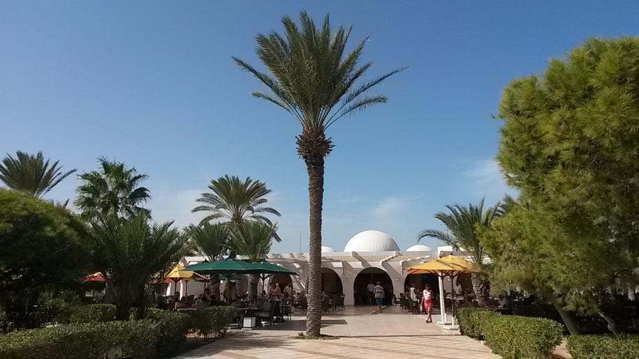 Летний ресторан в отеле Джерба Плаза, Тунис