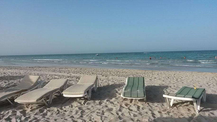 Пляж у отеля Джерба Плаза, Тунис