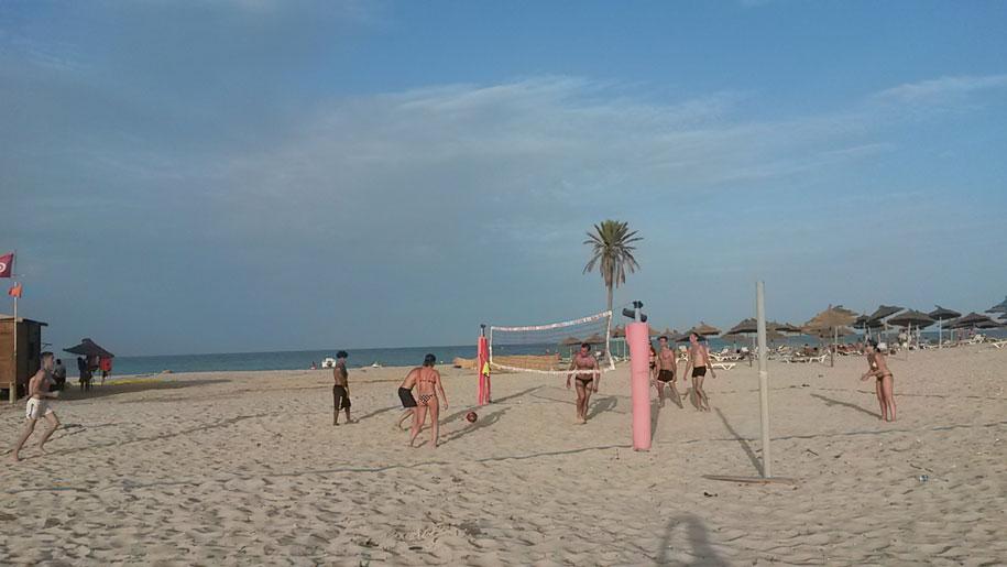 Пляжный волейбол, отель Джерба Плаза, Тунис