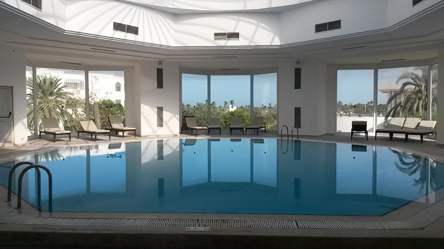 Крытый бассейн отеля Джерба Плаза, Тунис