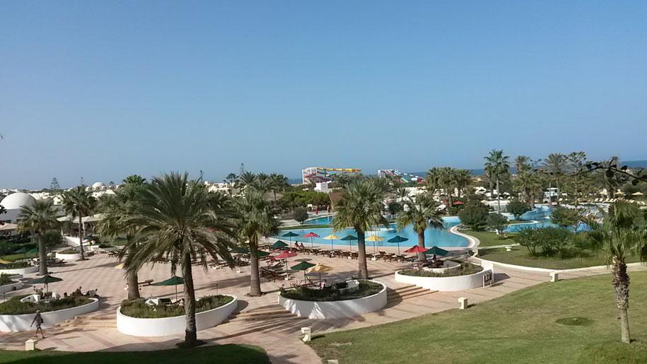 Территория отеля Джерба Плаза, остров Джерба, Тунис