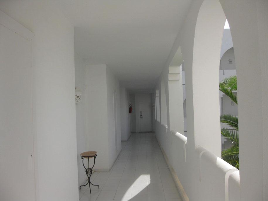 Коридоры в отеле Джерба Плаза, Тунис