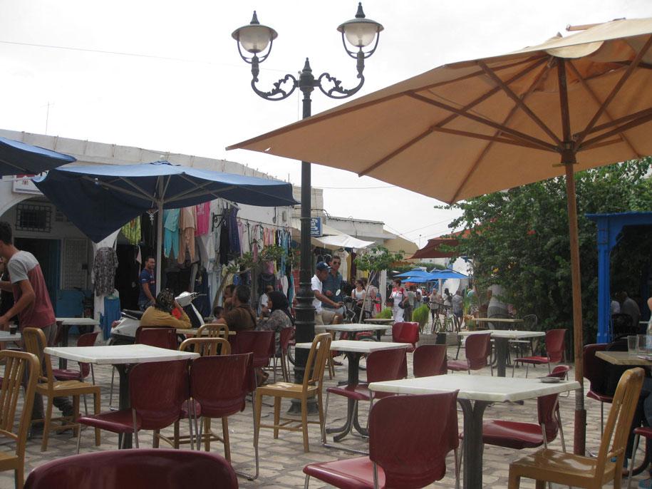 Кафе на рынке в Хумт-Сук, Джерба