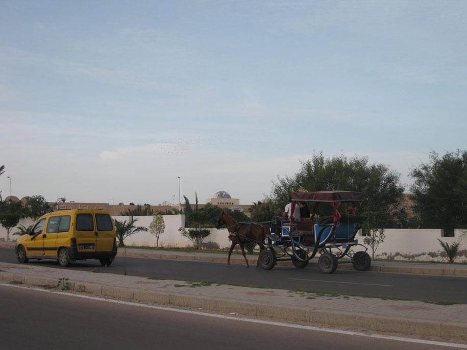 Транспорт на острове Джерба, Тунис
