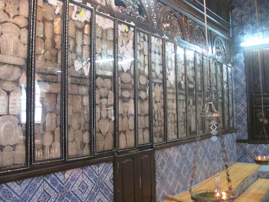Достопримечательности острова Джерба - стена плача, Синагога Эль Гриба