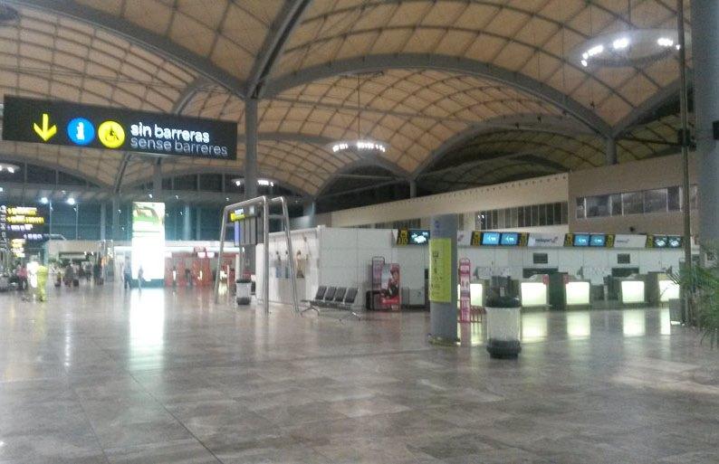 Аэропорт Аликанте-Эльче