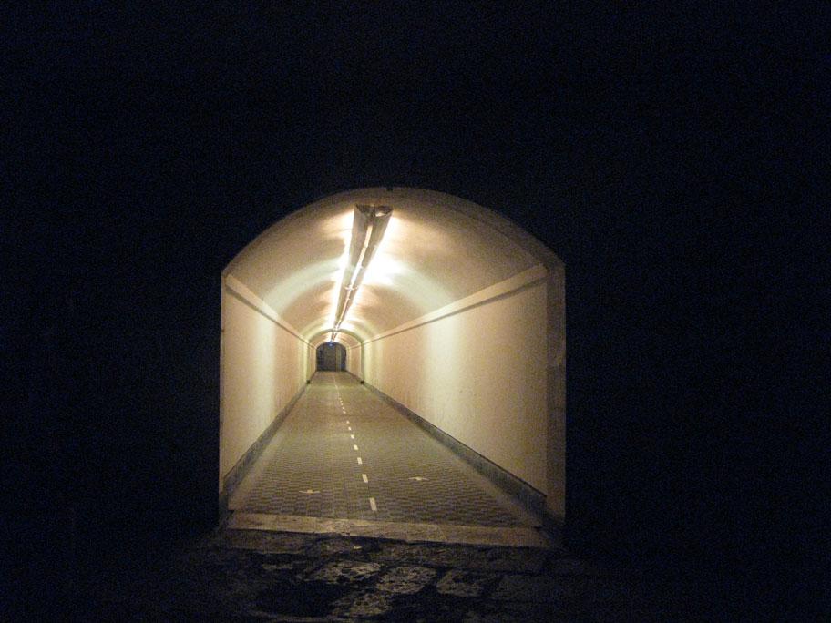 Крепость в аликанте лифт