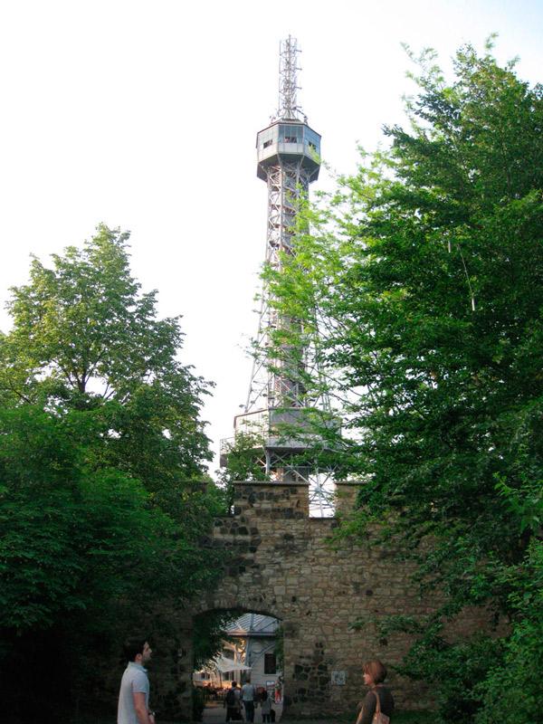 Достопримечательности Праги - Петршинская смотровая башня