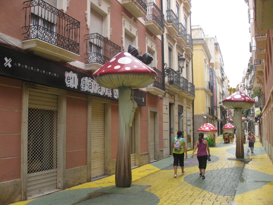 Улица с Грибочками, Сан Франсиско, Аликанте