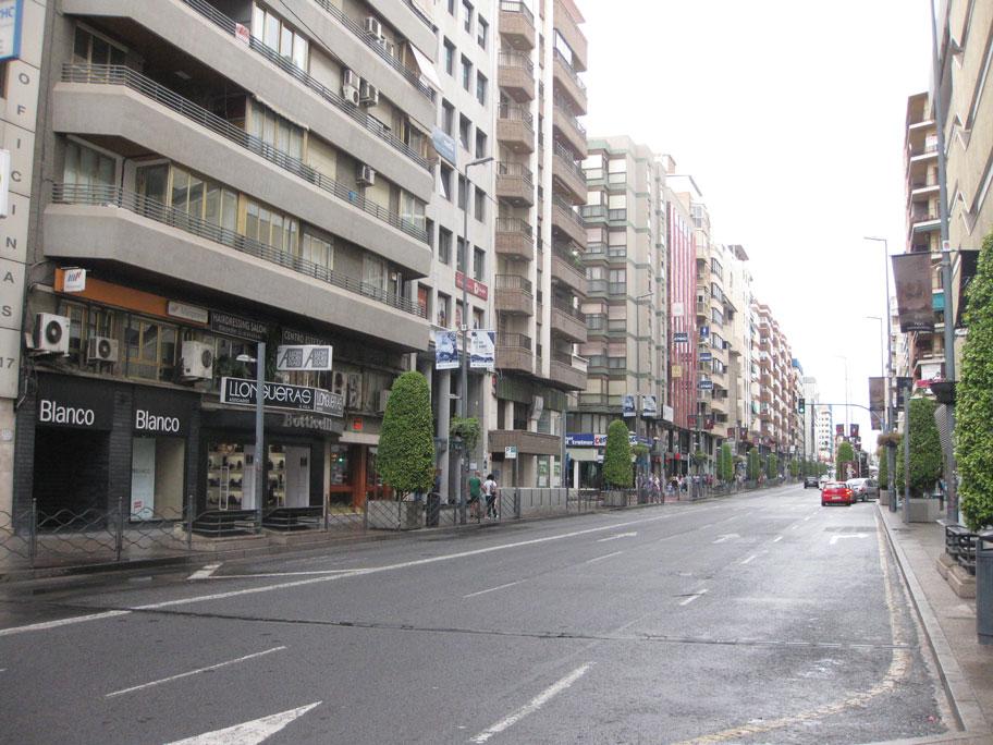 Проспект Майсоннаве, торговая улица Аликанте